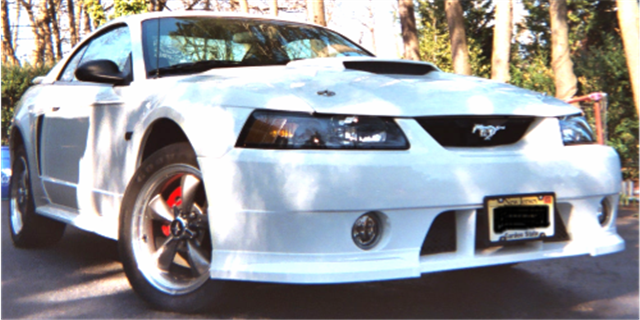 2003 White Mustang GT