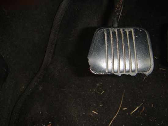 Mustang 5.0 Clutch Pedal Cover 79-93 1