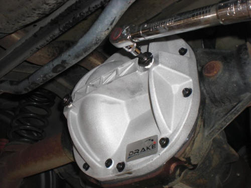 Drake Differential Girdle Differential Cover - 8.8in 				(86-13 GT, Mach 1; 07-12 GT500; 93-98 Cobra; 11-13 V6) Install 7