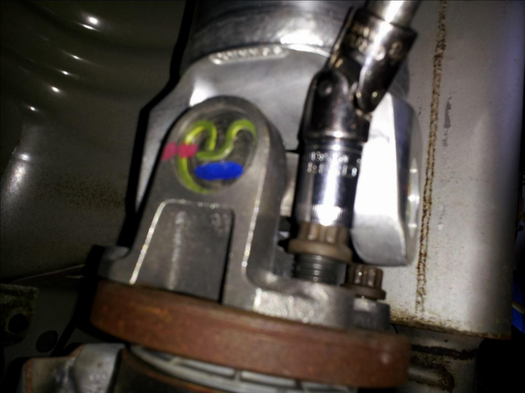 Aluminum One Piece Driveshaft - 31 Spline (96-04 GT, Mach 1; 96-98 Cobra) Install 10