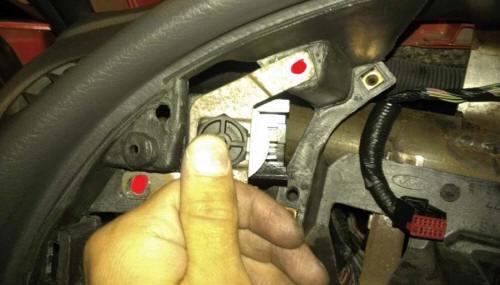 Auto Meter Cobalt Boost/Vacuum Gauge Install 5