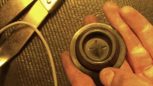 Auto Meter Cobalt Boost/Vacuum Gauge Install 11