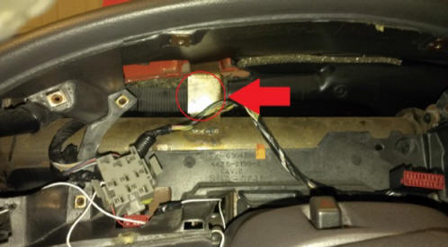Auto Meter Cobalt Boost/Vacuum Gauge Install 19