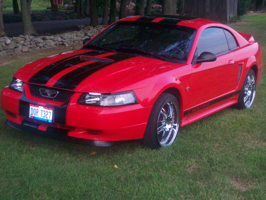 2000 Laser Red Mustang V6 01