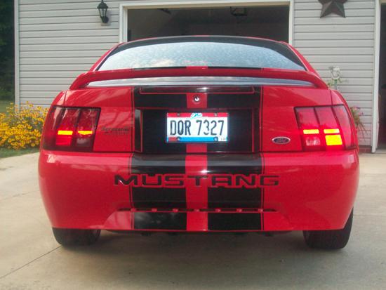 2000 Laser Red Mustang V6 03