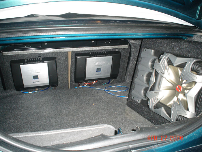 Tropic Green 2000 Mustang GT Trunk Audio