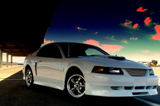 2001 Oxford White Mustang V6