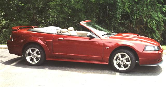 2003 Red Mustang