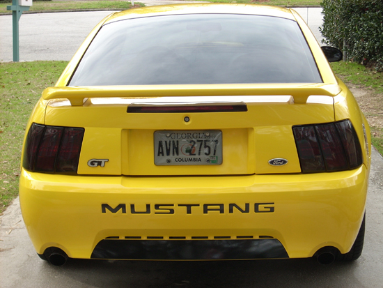 2004 Screaming Yellow Mustang GT 3