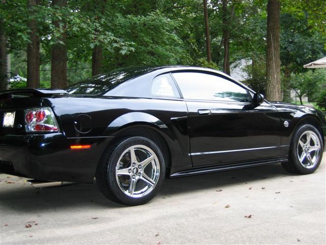 Black V6 Mustang