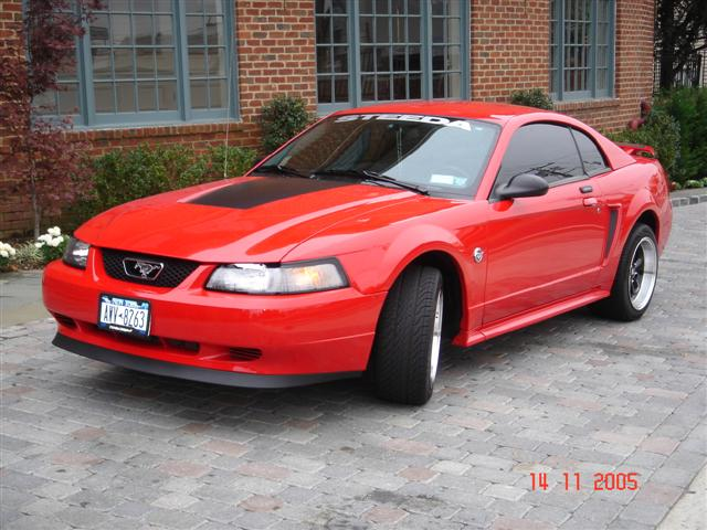 2004 40th Aniversary Red Mustang