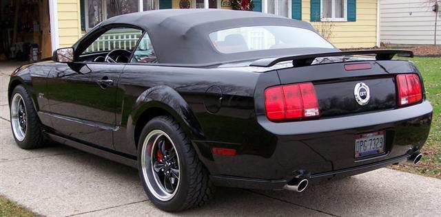 2005 Black Mustang Convertible