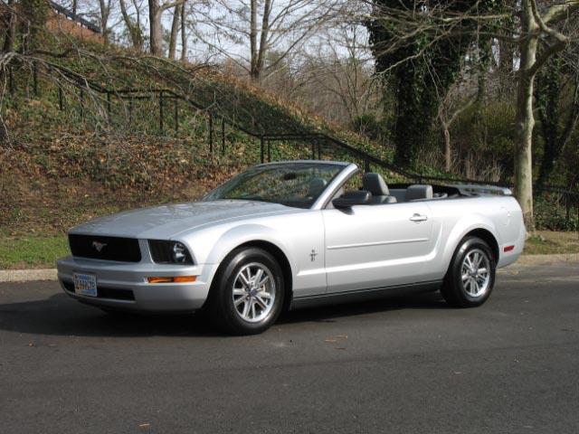 2005 Silver Mustang Convertible