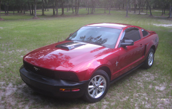 2007 Candy Apple Red Mustang V6 2