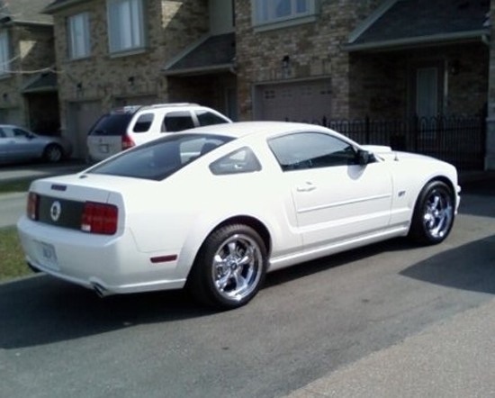 2007 Performance White Mustang GT 1