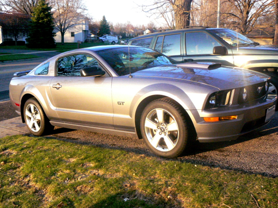 2007 Tungsten Gray Mustang GT 4