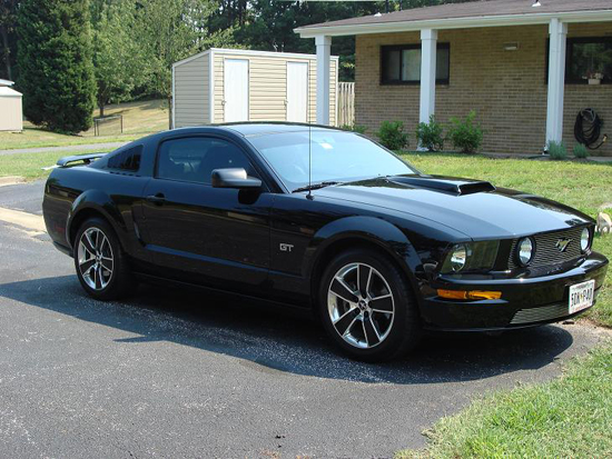 2008 Black Mustang GT