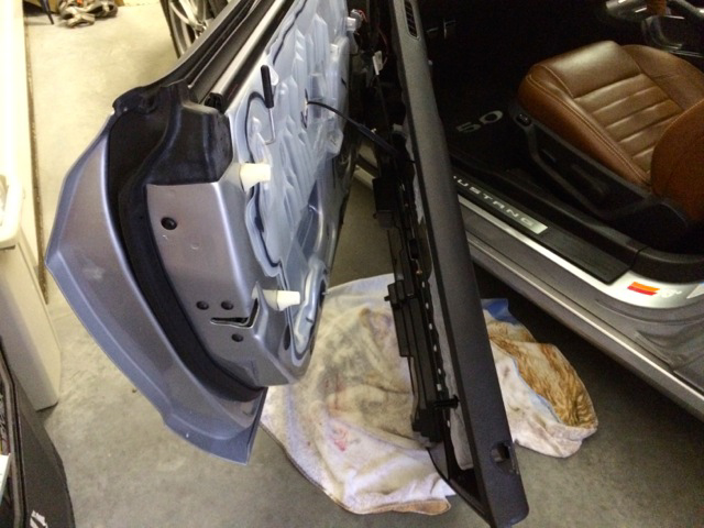 How To Install A Chrome Exterior Door Handle On Your 2005 2014 Mustang Amer