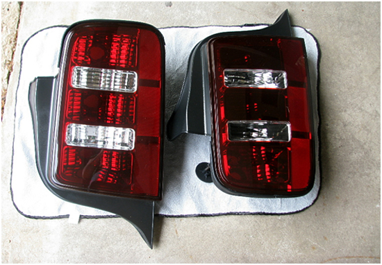 Raxiom 2010 Style Taillights 0509 10