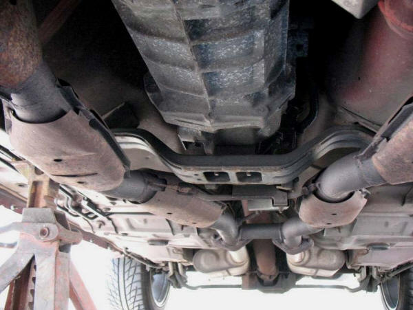 Installation-Guide-For-BBK-Off-Road-H-Pipe-(96-98-GT)-Install-56070-8