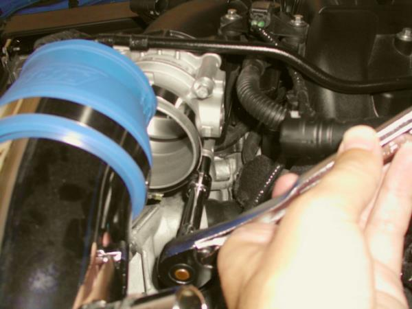 Installation-of-BBK-73mm-Throttle-Body-(1822)-in-a-2011-2013-V6-Mustang-Install-56146-7