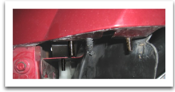 2005-2009-Front-Fascia-to-Fender-Bracket-Install-87002-16