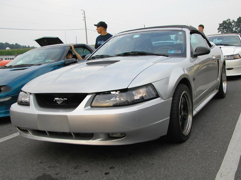 Silver 2000 Mustang GT Convertible