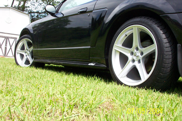 Staggered Silver Saleen Rims