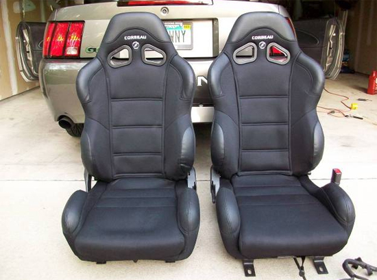 Mustang Corbeau Seats 7910 25