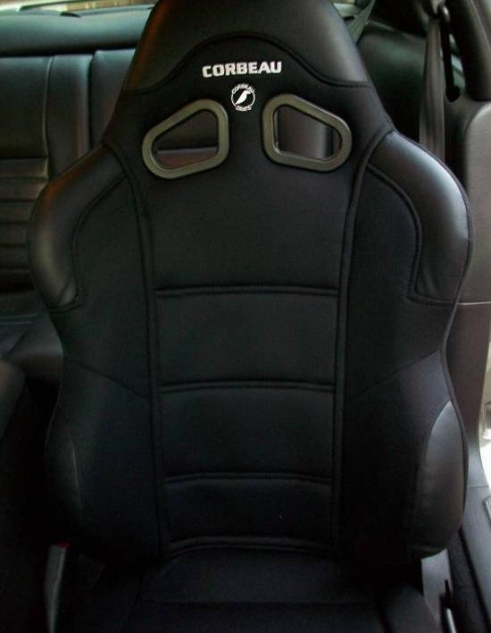 Mustang Corbeau Seats 7910 33