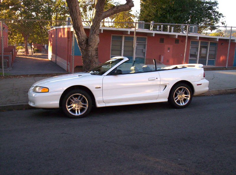 1996 White Ford Mustang Convertible