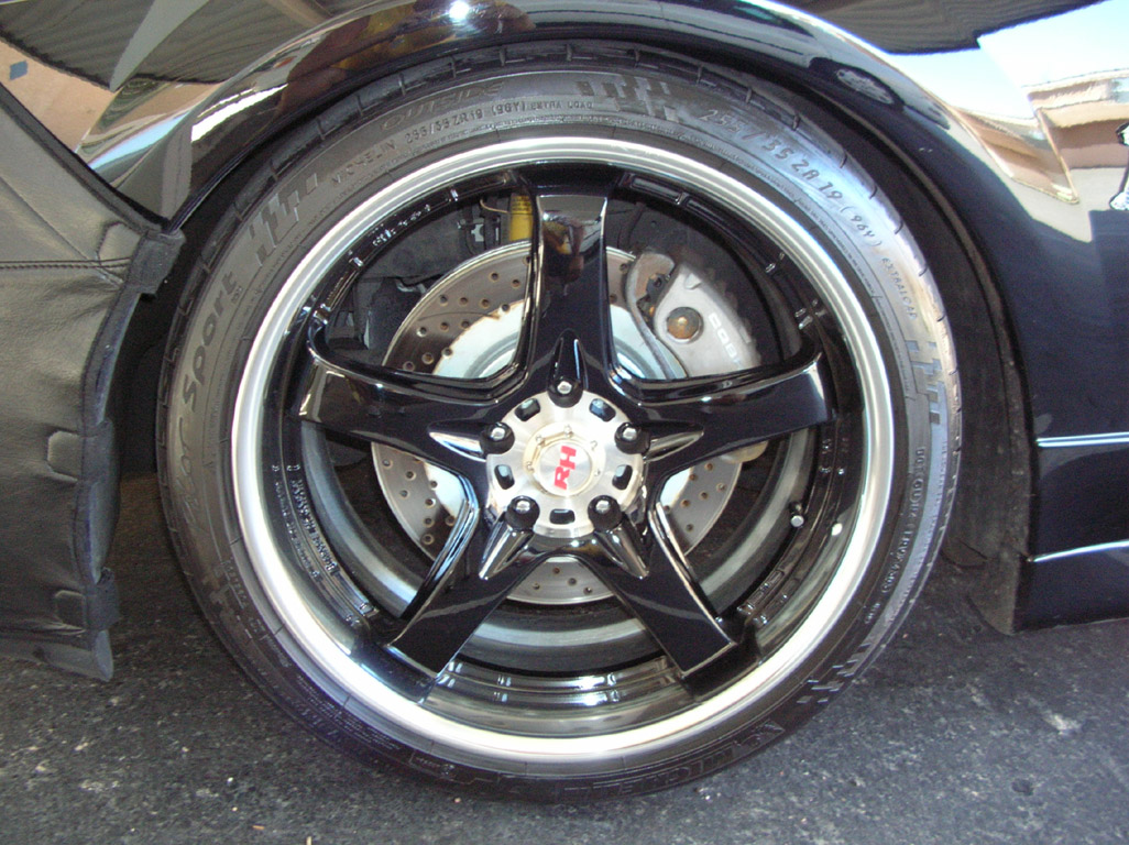 Black 2003 Cobra Convertible Wheel