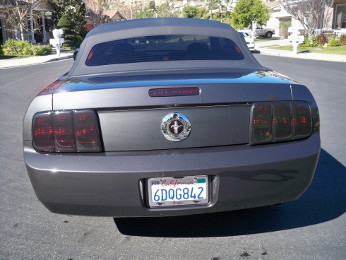 mustang-gt500-style-rear-spoiler-pre-painted-05-09