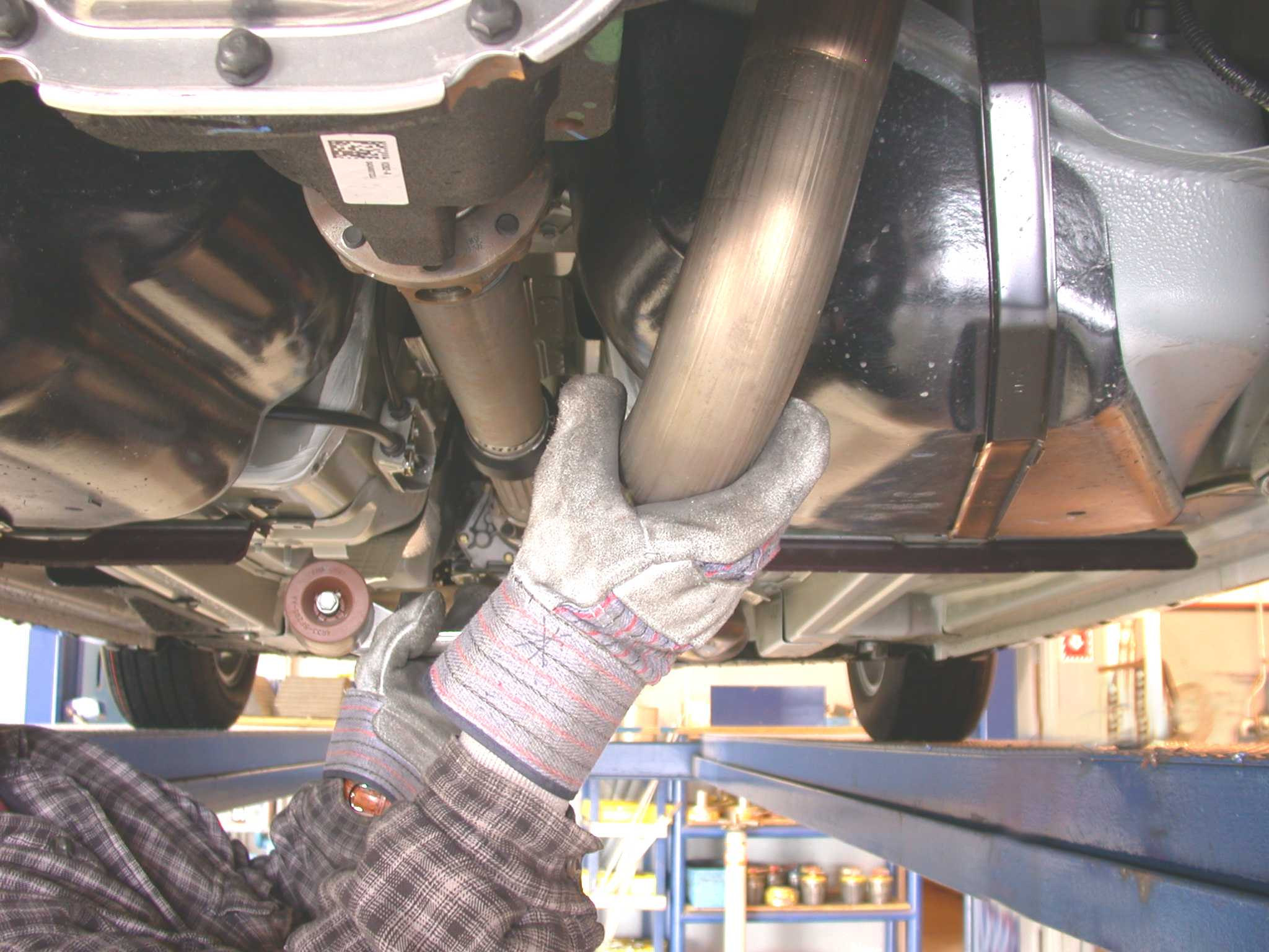 How to Install a Borla Axle-Back Exhaust on a 2005-2009 Mustang V6 05