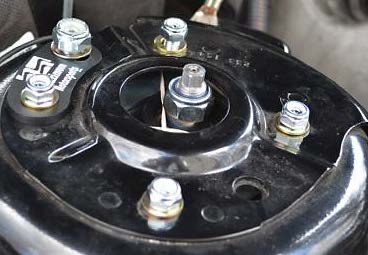 maximum-motorsports-caster-camber-plates-05-10-gt-v6