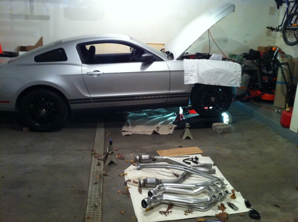 2011-2012 V6 Mustang BBK Long Tube Headers and Shorty X-Pipe - 02