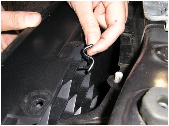 Mustang Upper Billet Grille 0509 V6 3