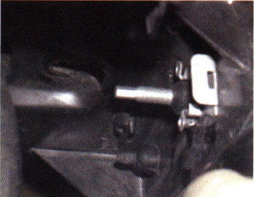 headlight-clip